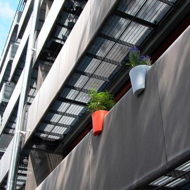 Macetas para balcones peque os deco vanguardia - Macetas para balcones ...