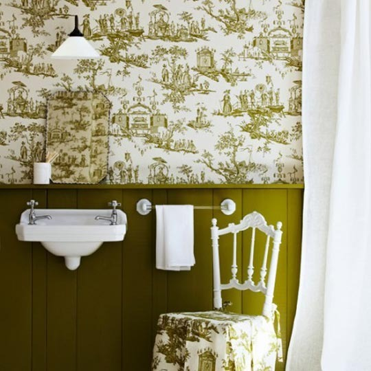 Decoracion Baño Romantico:Pictures of Bathrooms with Green Toile Wallpaper