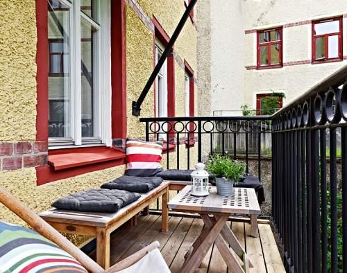 Decora un balc n peque o deco vanguardia for Decoracion de balcones navidenos