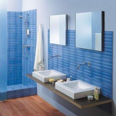 Inspiraci n celeste y azul en el ba o deco vanguardia - Banos azules decoracion ...