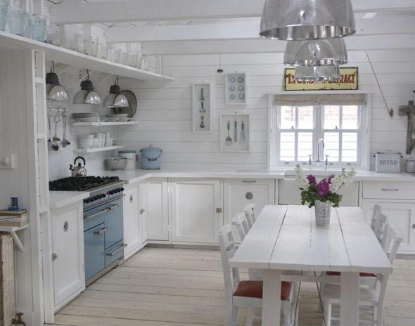 Una cocina r stica y blanca deco vanguardia - Cocinas blancas rusticas ...