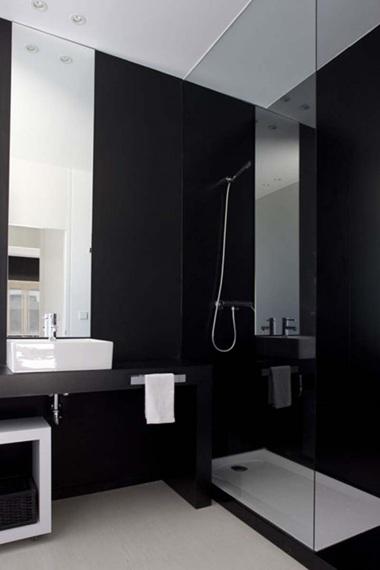 Blanco negro y elegancia en el ba o deco vanguardia - Banos en negro ...