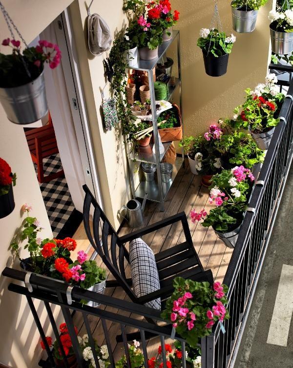 foto-balcón-macetas